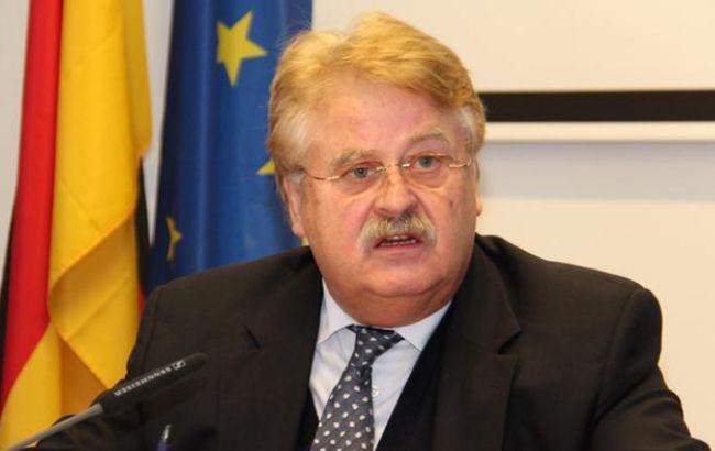 Санкции против Российской Федерации продлят минимум наполгода,— Брок
