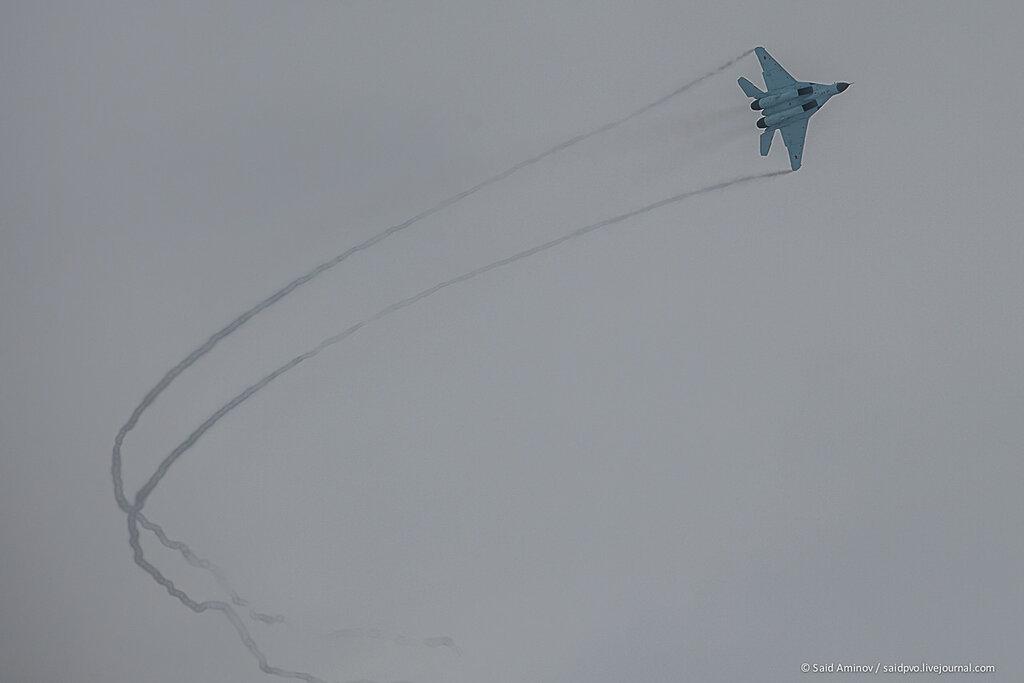 Mikoyan MiG-35 Fulcrum-F2  (Caza polivalente de 4,5ª generación rusia ) 0_11fd2a_5358957_XXL
