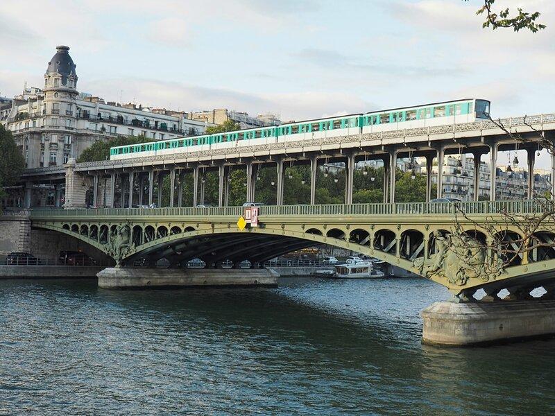 Париж, мост Бир-Акейм (Paris, Pont Bir-Hakeim)