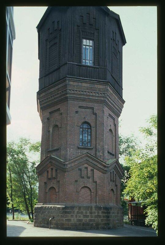 Водонапорная башня городского водопровода