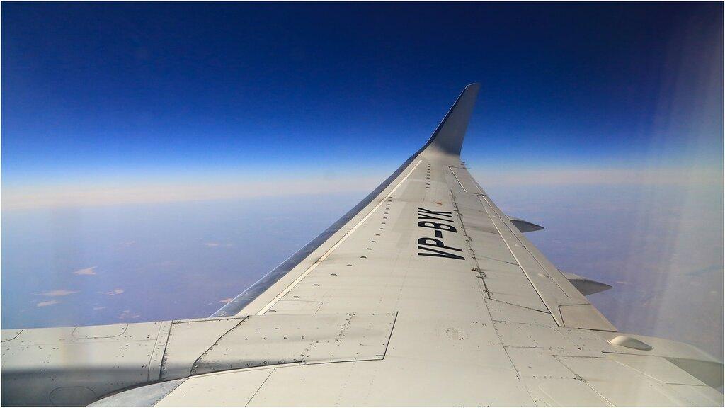 "Полет на Boeing 737-500 авиакомпании ""ЮТэйр"" в Баку. Фото: khmelikvictor.livejournal.com"