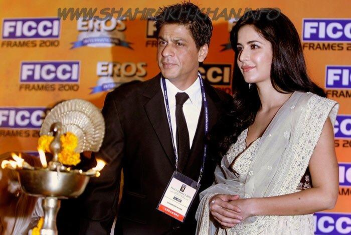 Shahrukh Khan and Katrina Kaif - FICCI Frames 2010