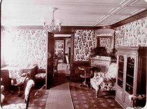 Вид части одного из кабинетов, оборудованных на яхте Штандарт.