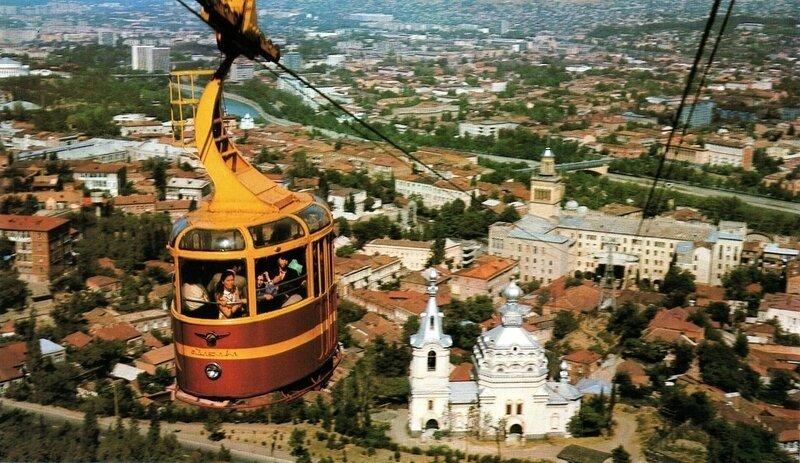 Картинки по запросу авария на канатке в Тбилиси