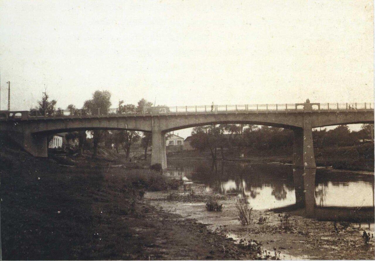 Мост через реку Луганку
