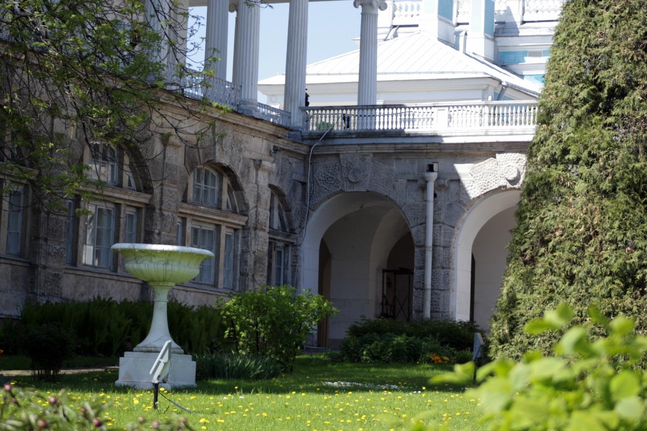 Внутренний дворик - галереи Камерона.