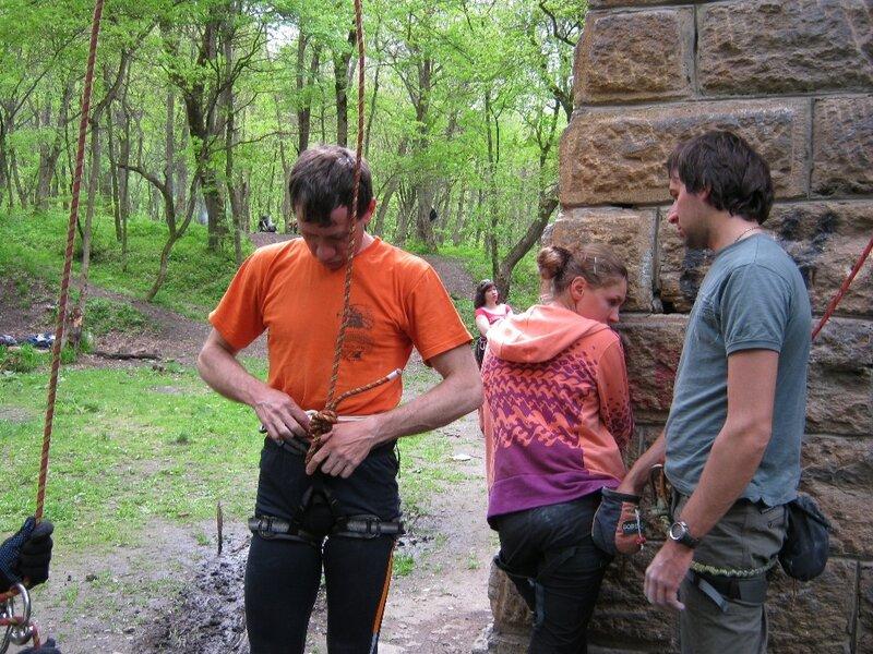 Тренировки на скалах и мосту в 2011 году