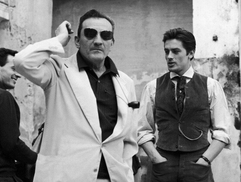 LUCHINO VISCONTI ET ALAIN DELON SUR LE TOURNAGE DU GUEPARD EN SICILE 1962