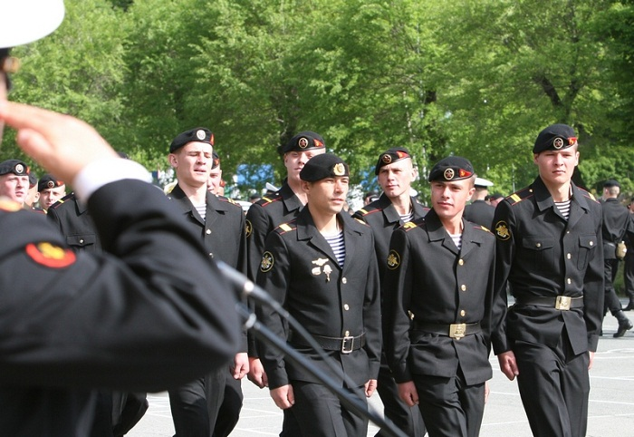 В отдельной бригаде морской пехоты Тихоокеанского флота «черные береты» приняли в свои ряды новобранцев
