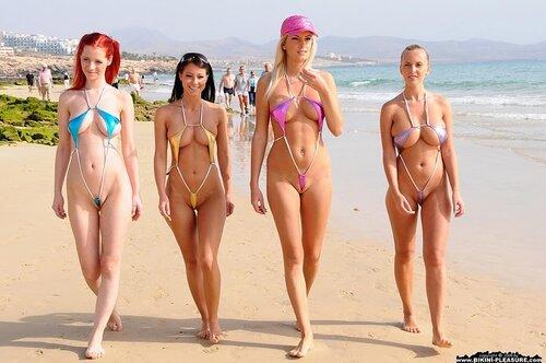 фото девушек на пляже секси