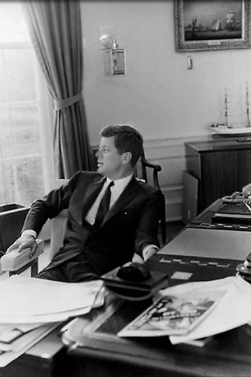 Эрвитт Эллиотт(16), Джон Кеннеди(750) .jpg