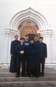 2003 год. Певцы знаменного хора с регентом иером. Вадимом