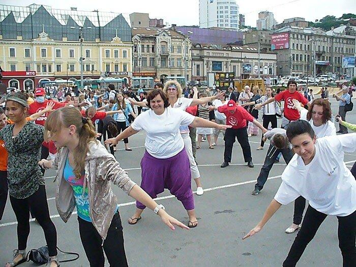 Зарядка на площади Владивостока