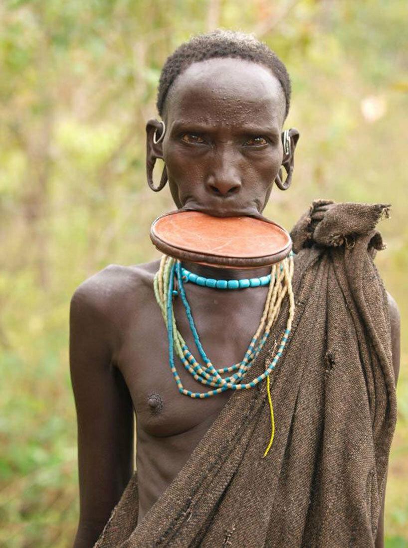 Африканское племя ебет всех баб видео — pic 10