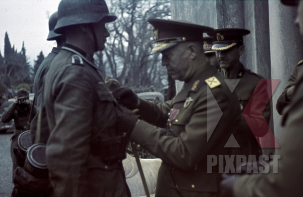 stock-photo-wehrmacht-soldiers-being-awarded-in-jalta-ukraine-1942-marshal-ion-antonescu-11435.jpg