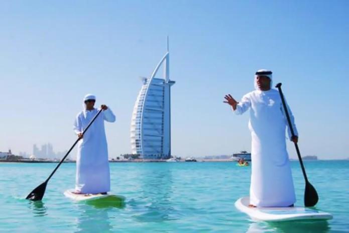 15 странных снимков Дубая, которые нам не понять