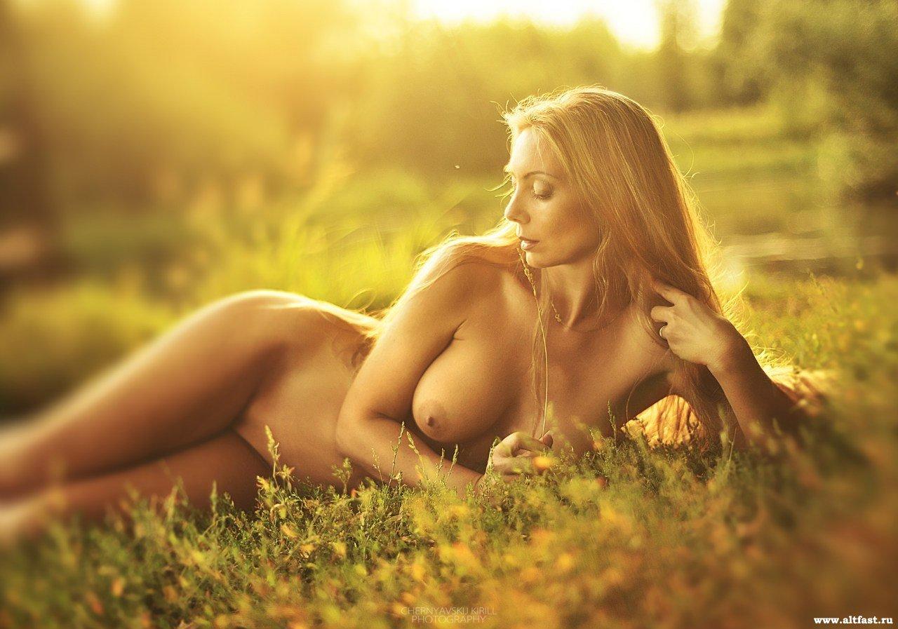 Єротика красивые девушки фото