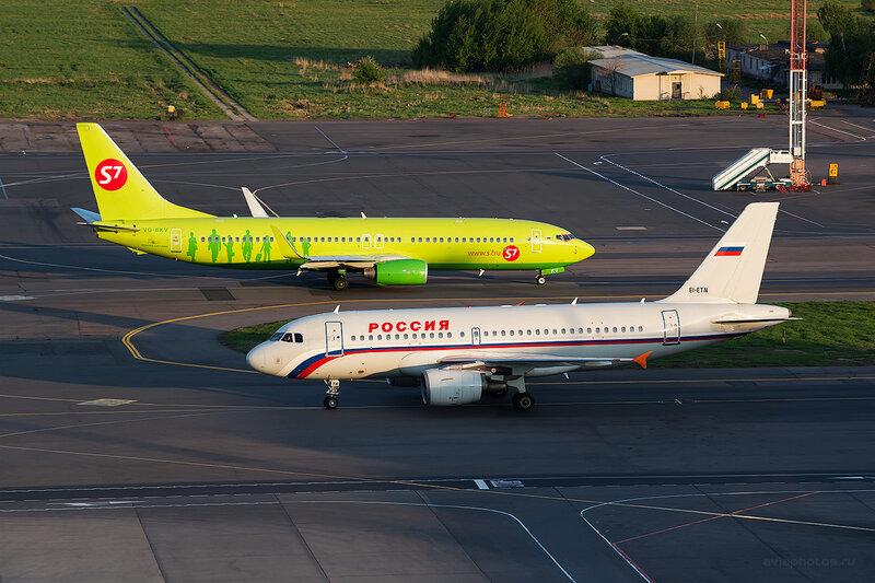 Airbus A319-112 (EI-ETN) Россия D804759