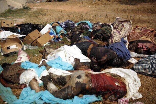 EDS NOTE GRAPHIC CONTENT--Dead bodies a