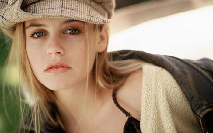 Топ 10 красивых актрис 1990 х годов