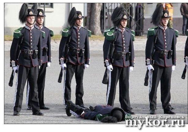 Некоторые люди падают в обморок, после того как помочились фото