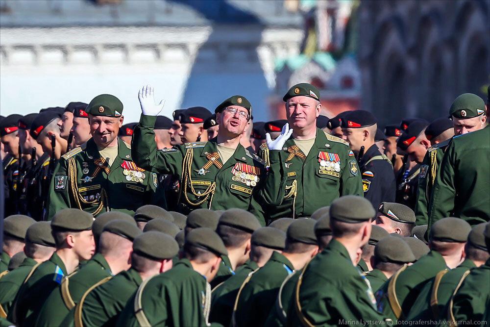 El desfile militar en la Plaza Roja de Moscú celebra la victoria sobre el nazismo 0_c2bb1_d651cb58_XXXL