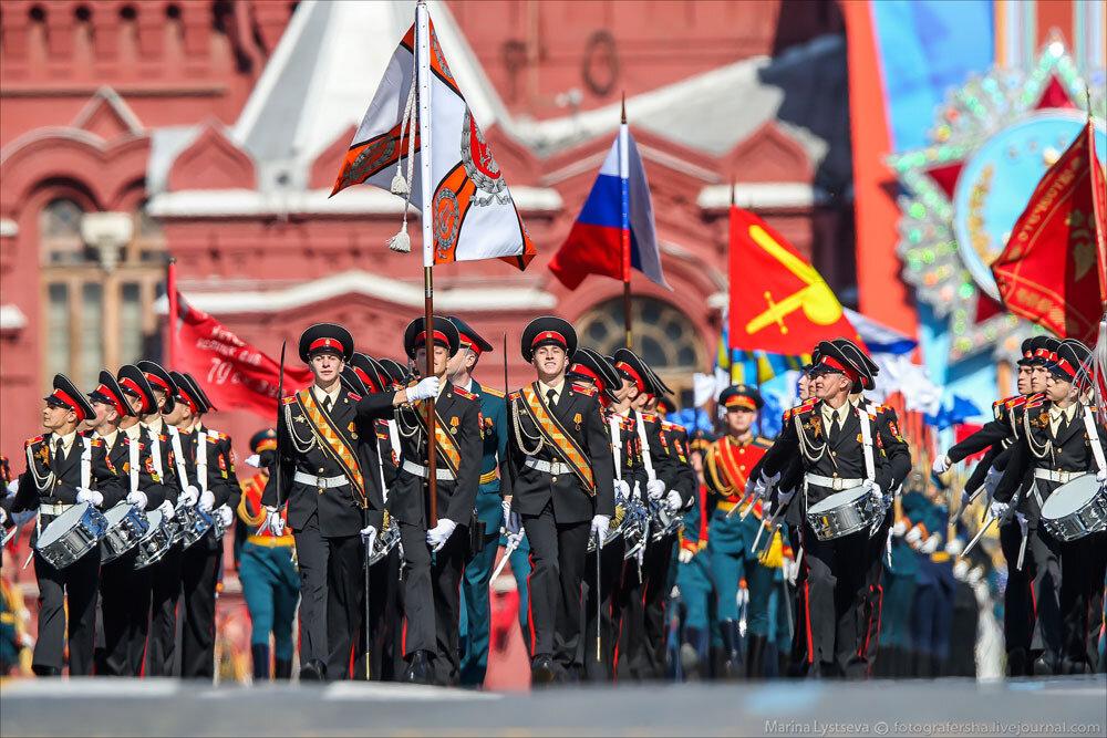 El desfile militar en la Plaza Roja de Moscú celebra la victoria sobre el nazismo 0_c2bb9_28c83e9b_XXXL