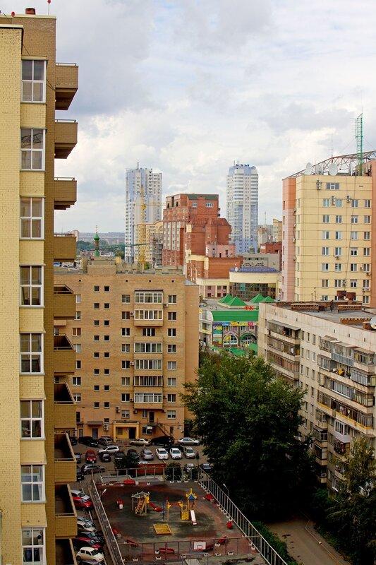 Виды Челябинска с Братьев Кашириных 12Д