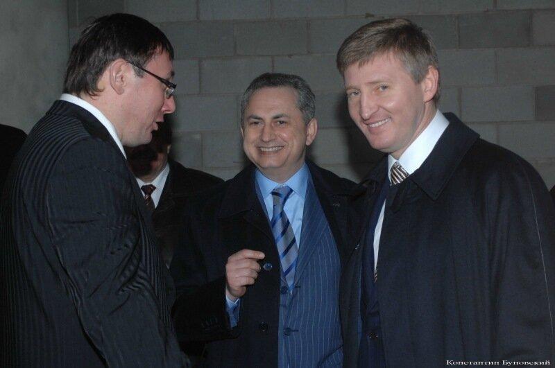 Луценко и Порошенко стали кумовьями - Цензор.НЕТ 2302