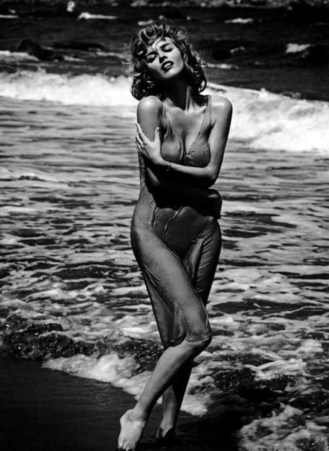модель Ева Херцигова / Eva Herzigova, фотограф Vincent Peters