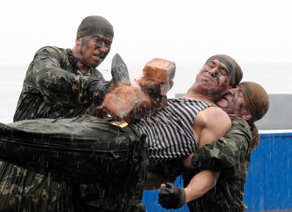 21. Международный военно-морской салон в Санкт-Петербурге. (Фото Alexander Demianchuk | Reuters
