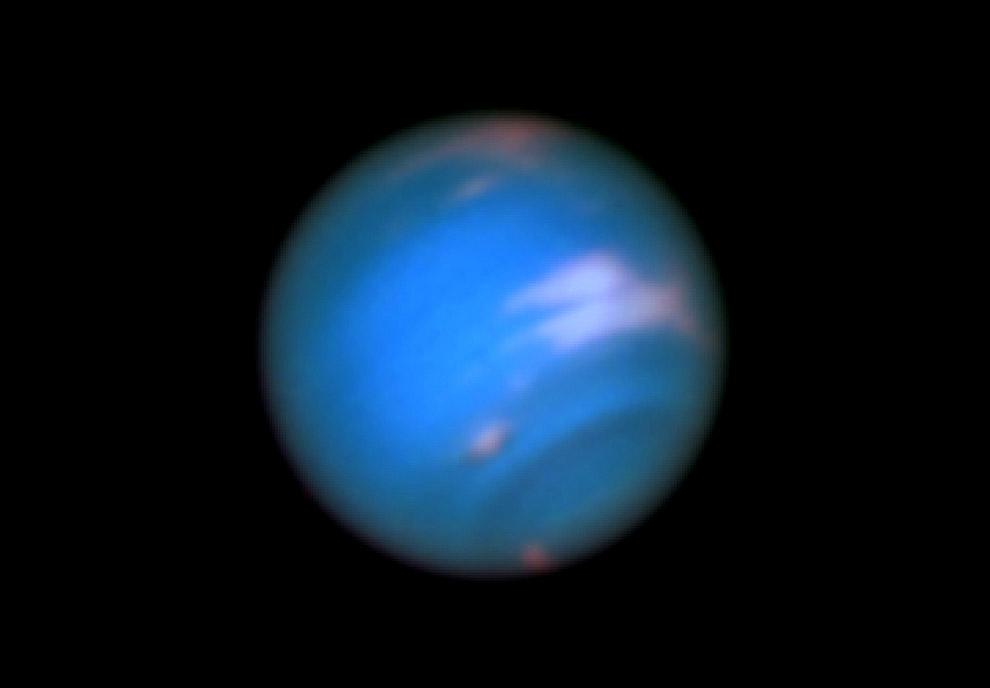 22. Плутон. Первоначально Плутон причисляли к обычным планетам, но сейчас он считается карликов