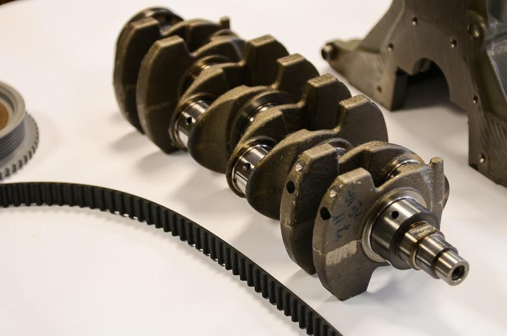 Разумеется, в новом двигателе применена металлическая прокладка головки блока – такая прокладка позв