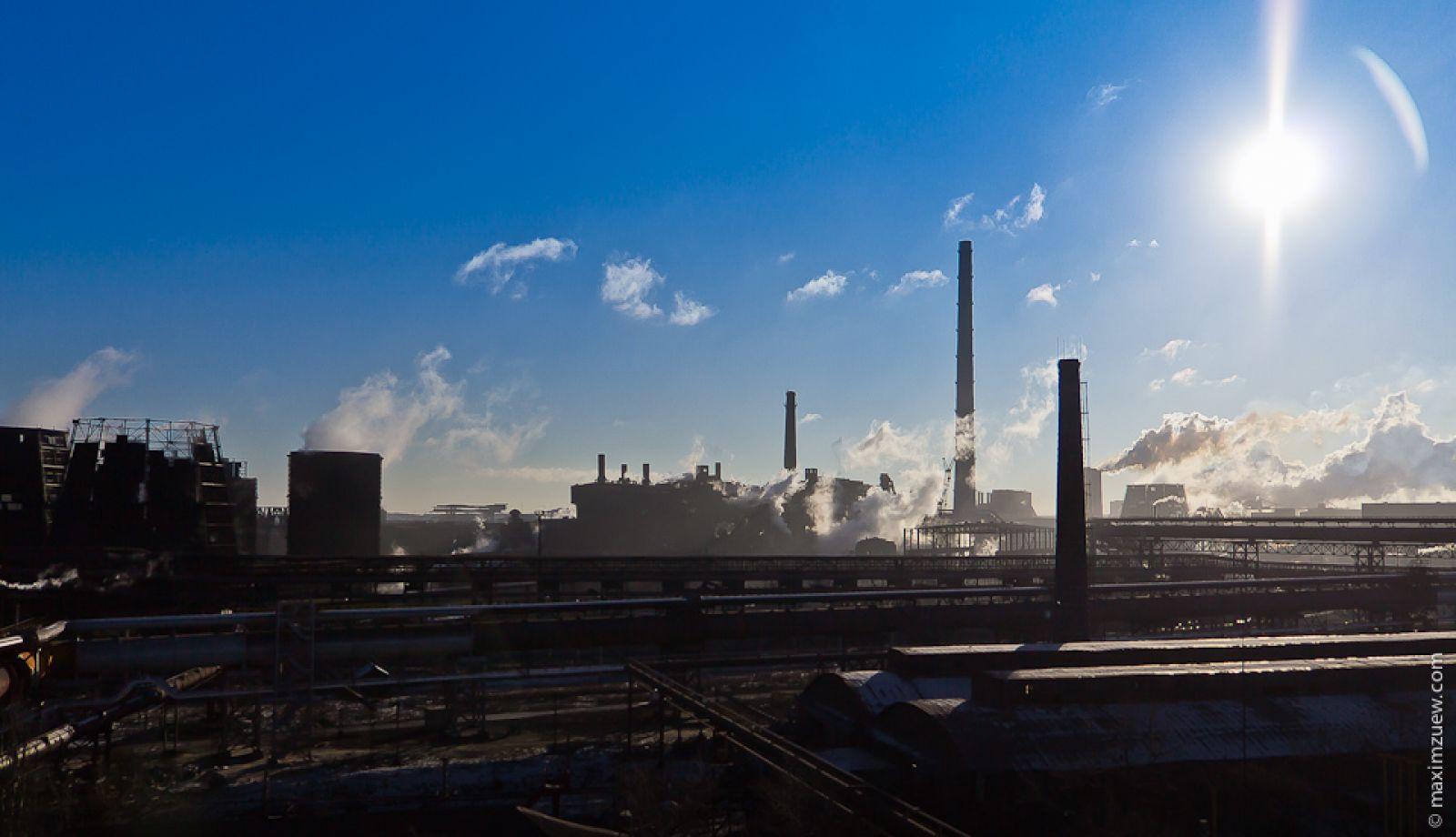 Боевики начали демонтаж ивывоз оборудования стерритории Алчевского металлургического комбината