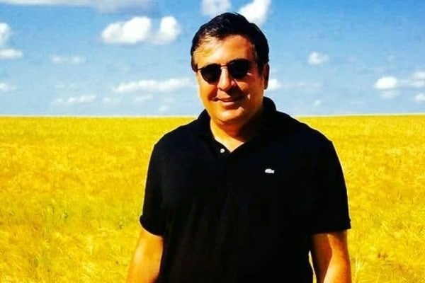 Ираклий Гогава: Сегодня Порошенко может сократить Саакашвили