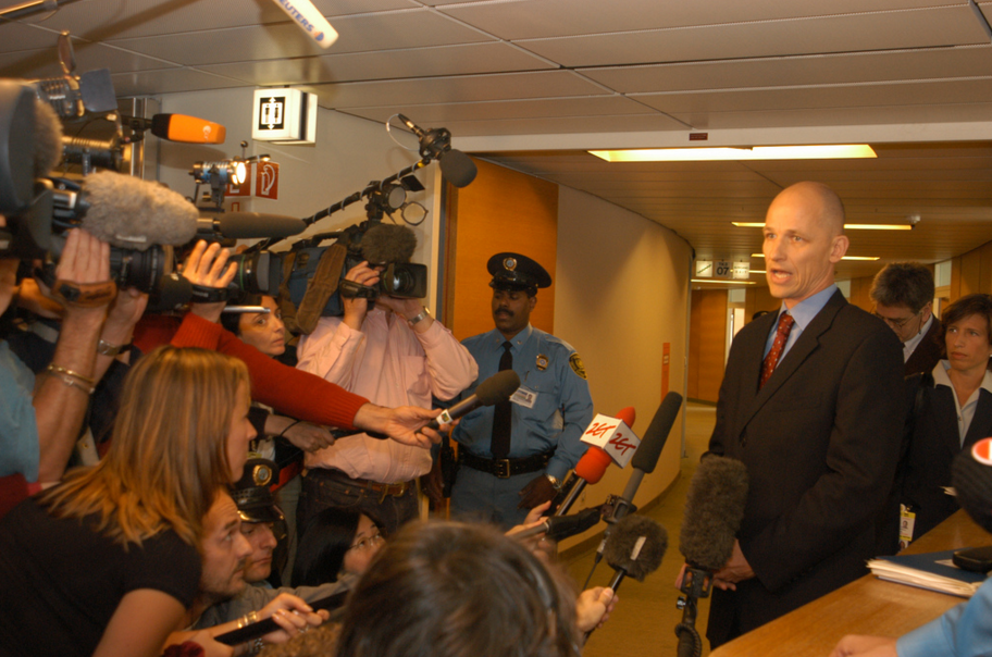 Канадские дипломаты тайно посетили столицу Российской Федерации для переговоров поСАР иУкраине