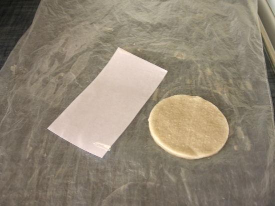 Парафиновый диск и вощёная бумага