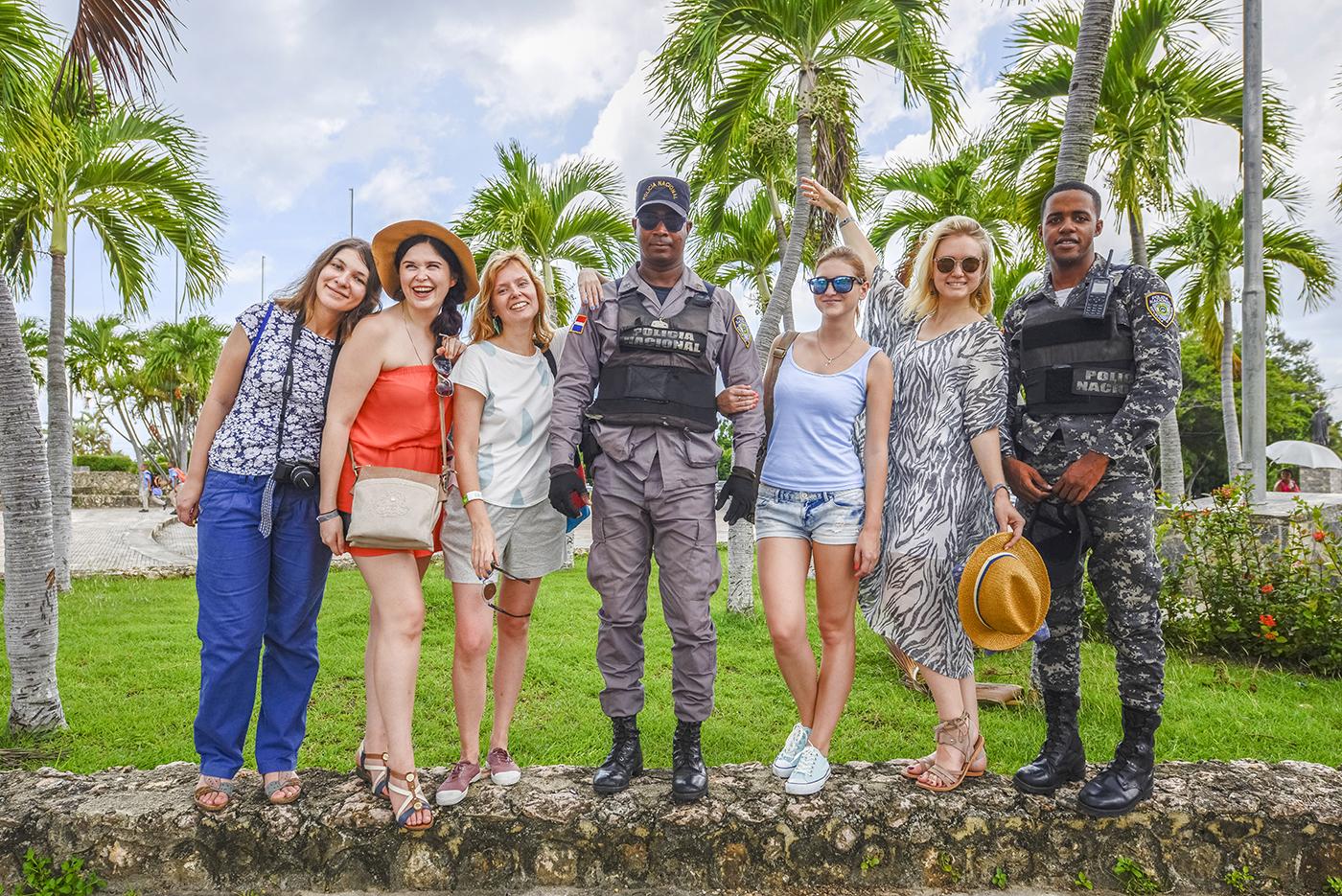 annamidday, анна миддэй, анна мидэй, travel blogger, русский блогер, известный блогер, топовый блогер, russian bloger, top russian blogger, russian travel blogger, российский блогер, ТОП блогер, популярный блогер, трэвэл блогер, путешественник, достопримечательности доминиканы, доминиканская республика, остров саона, саона, Dominican Republic, Saona, новый год 2017 в доминикане, рай на земле, пляж баунти, где снимали рекламу баунти, куда поехать на праздники 2017, фото доминиканы, доминиканца полезные советы, карибское море, карибы, самый красивый пляж, самое красивое море, куда поехать в ДОминикане, что посетить в Доминикане, ANEX Tour, Анекс тур, пресс-тур, яркие фото пляжа, заставки на рабочий стол, лучший пляж, экскурсия на Саону, Isla Saona, саона доминикана, Путна-Кана, Санто-Доминго, Punta Cana, Santo Domingo, Barcelo Bavaro Palace Deluxe, отели Доминиканы, самые лучшие отели Доминиканы, Be Live Punta Cana, пляж Макао Доминикана, Macao beach Dominicana, пещеры Лос-Трес-Охос, пещеры Три глаза, Баваро, Bavaro, рассветы в Доминиканы, закаты в Доминикане, самые красивые рассветы, самые красивые закаты, Barcelo Punta Cana, маяк Колумба, Azur Air, как получить визу в Доминикану, виза в Доминикану