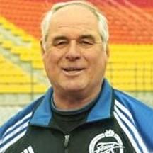 Морозов Юрий Андреевич - советский футболист и российский футбольный тренер