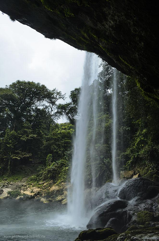 Фотография 13. Экскурсия к водопаду Мисоль-Ха (Cascada Misol-Ha) во время отдыха в Мексике. Еще одна интересная достопримечательность, что можно увидеть во время поездки на арендованной машине. 1/60, 10, 18, 220.