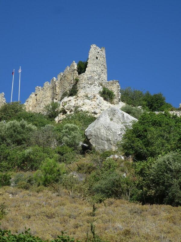 Св. Илларион. Башня в юго-восточном углу
