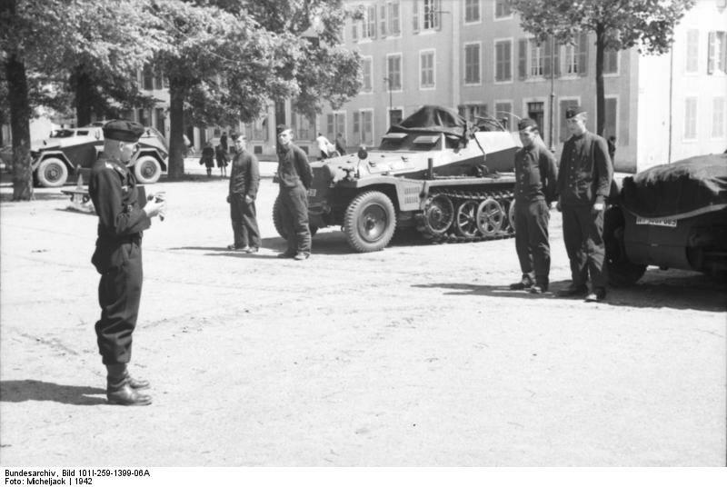 Sьdfrankreich, Schьtzenpanzer und Panzeroffizier