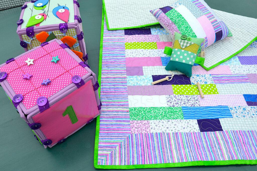 кубики покрывало подушка комплект в детскую салатовый сиреневый (2).JPG