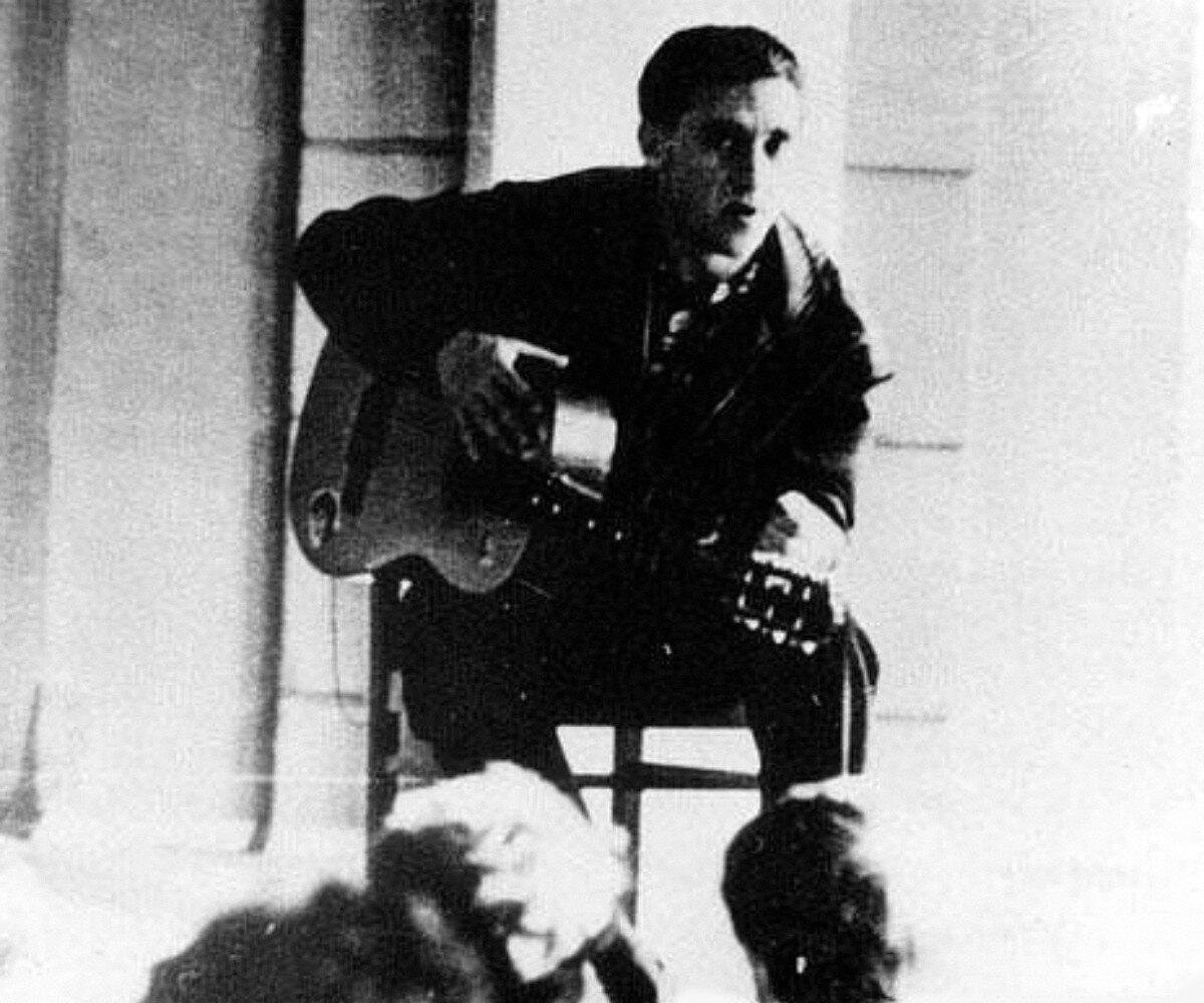 1963. Выступление Владимира Высоцкого в Ленинграде. Фото 10-25 апреля