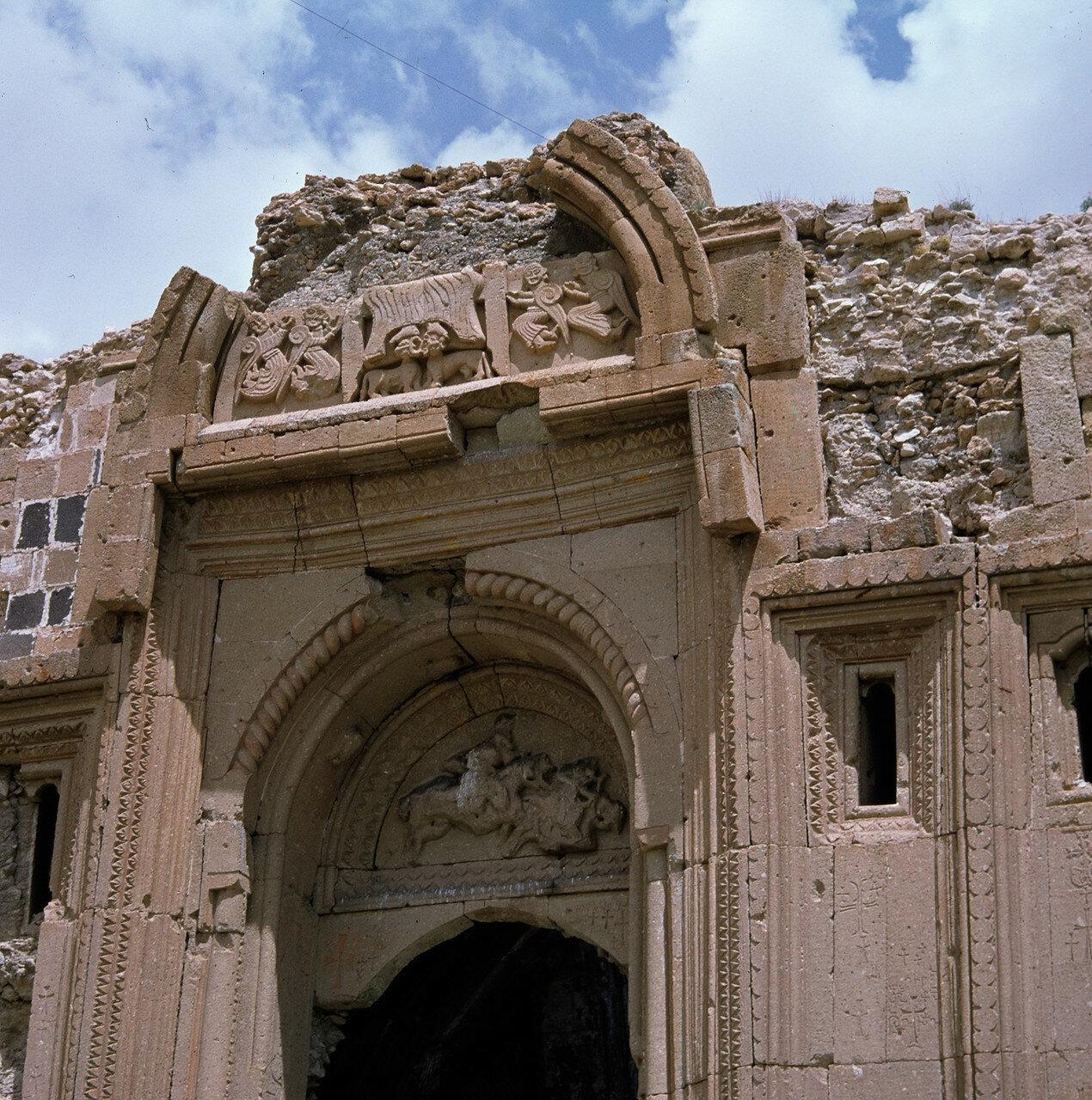 Ахбак. Развалины дворца