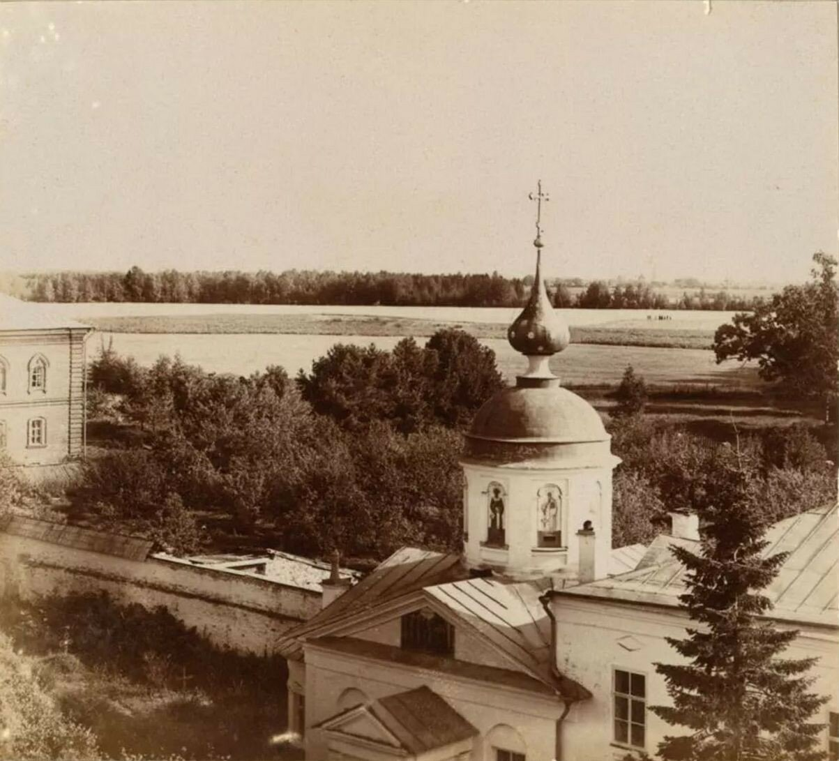 Николо-Бабаевский монастырь. Вид с колокольни