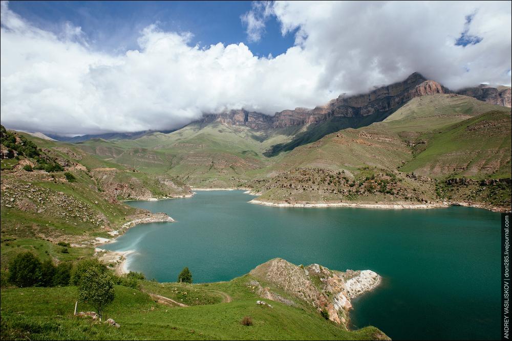 53c3b615ed2 Былымское озеро - одно из красивейших мест России.  dron285
