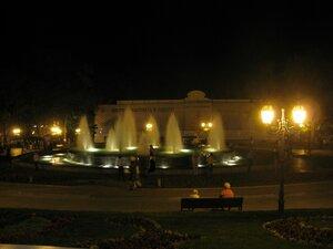 Достопримечательности Одессы - фонтан с подсветкой