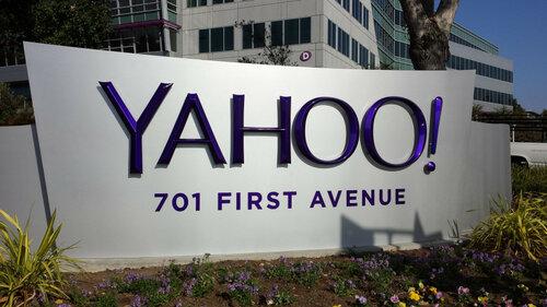 В закупке Yahoo могут быть заинтересованы Google иVerizon