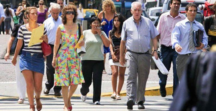 5. Буэнос-Айрес, Аргентина Жители Буэнос-Айреса предпочитают стиль casual. Именно поэтому в прохладн